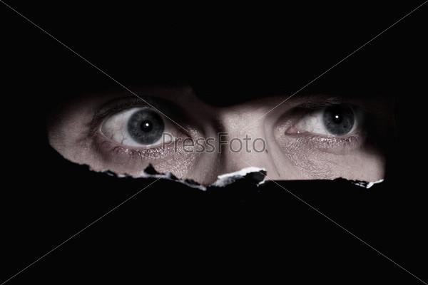 Подглядывать глаз